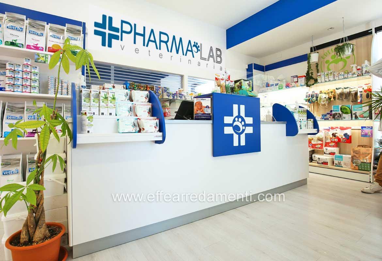 San Marino Arredamento Negozi Farmacia Veterinaria Banco Cassa